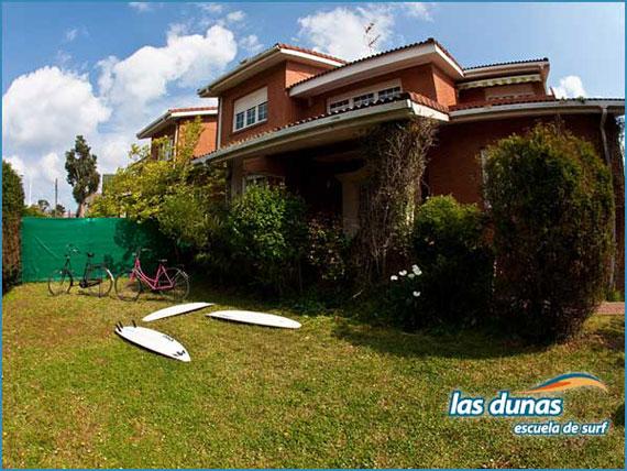 Escuela de Surf Las Dunas en Asturias se suma a Surfdestiny.com