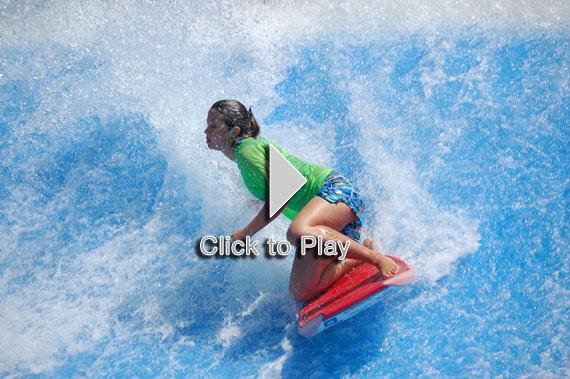 Bodyboard en los Flowrider