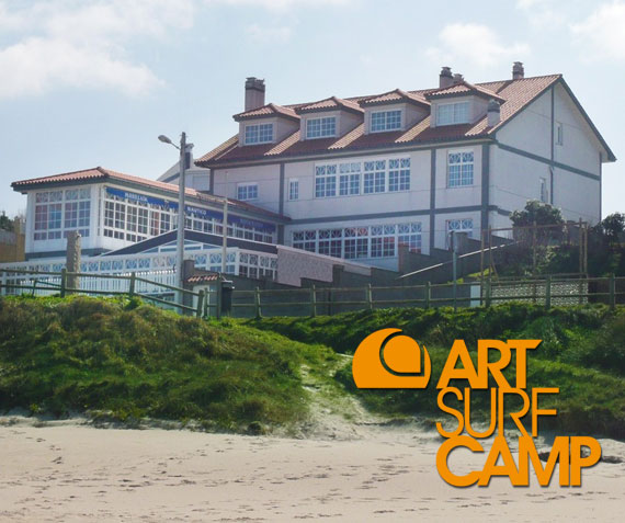 Surf-Hotel Artsurfcamp en Razo 2010