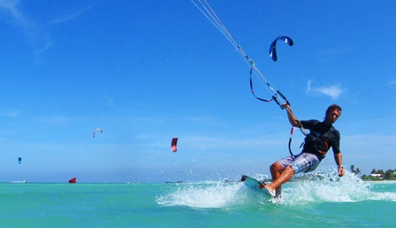 Aruba xtremewinds kite surfing
